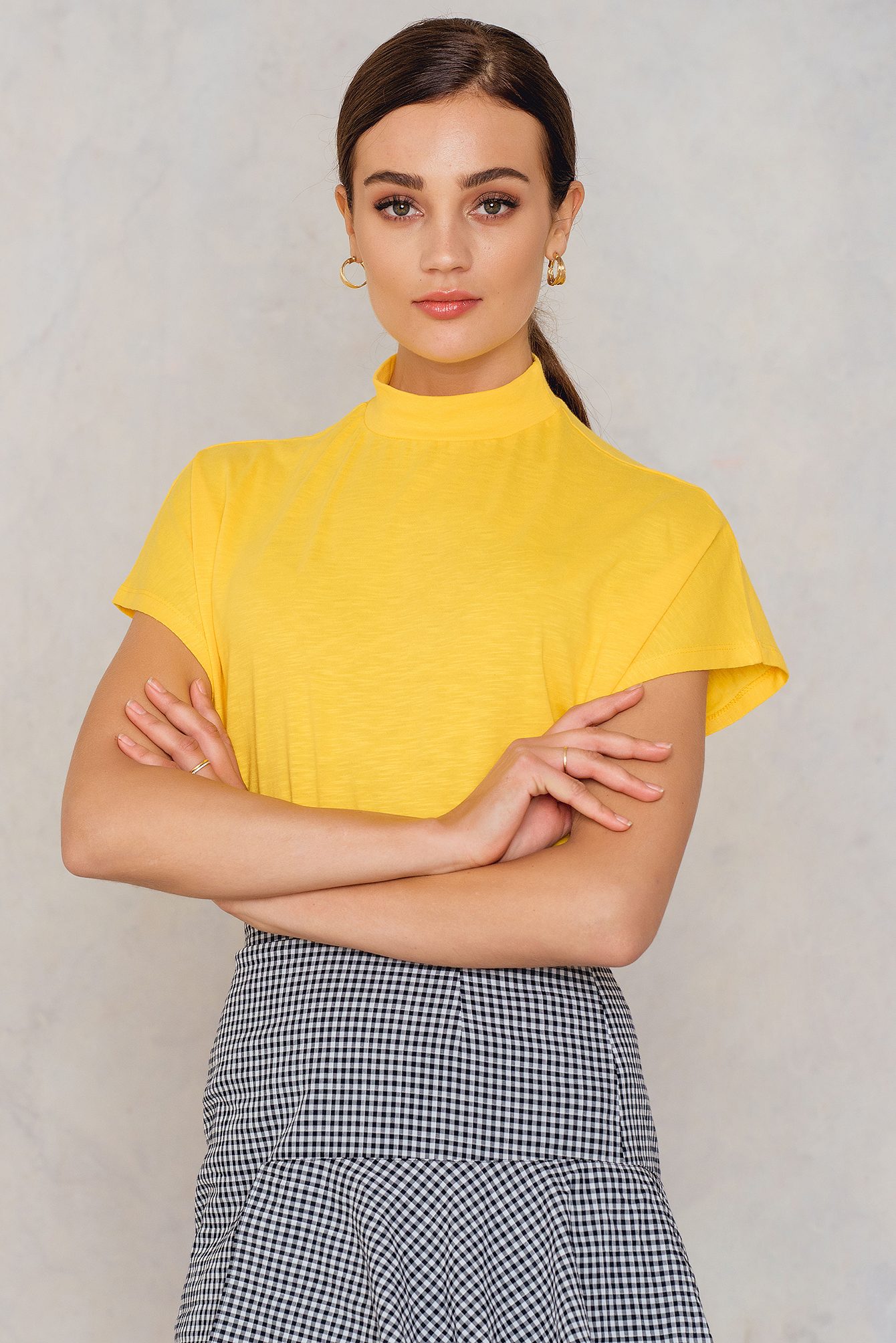 NA-KD Trend High Neck Cap Sleeve Top Yellow