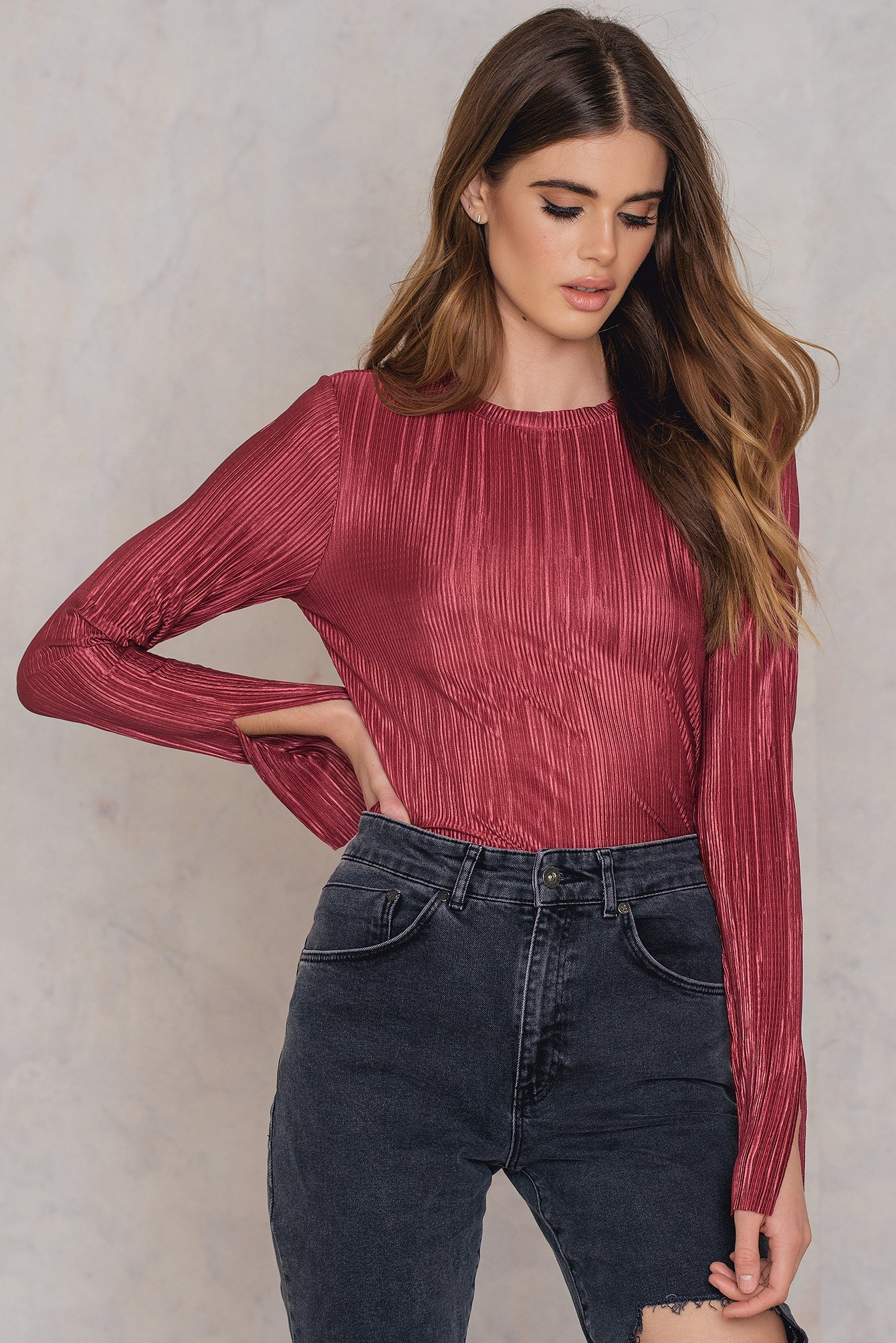 NA-KD Trend Pleated Sleeve Slit Top Red