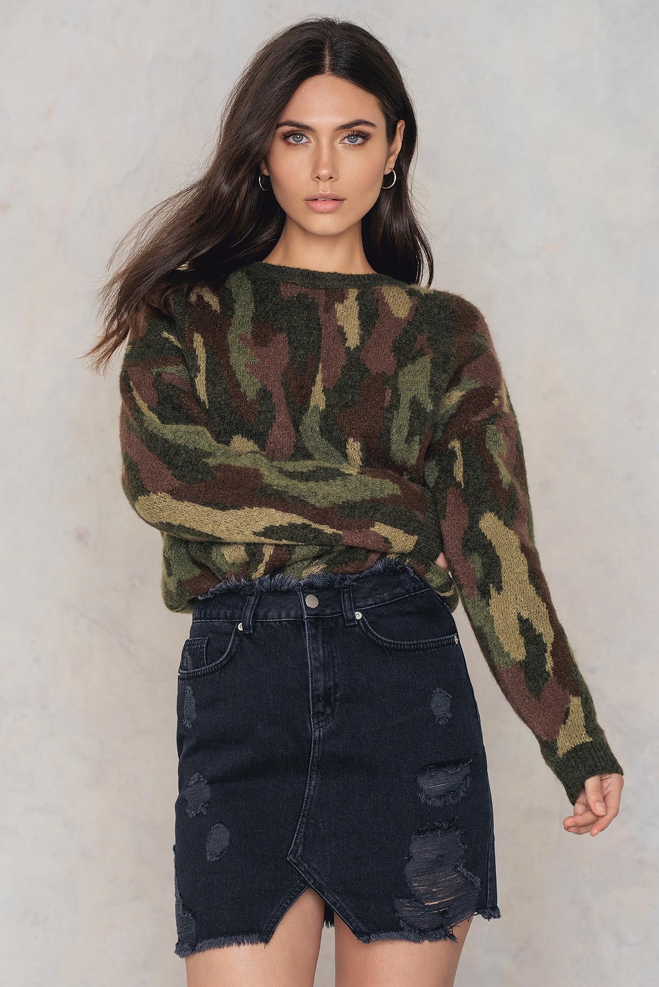 NA-KD Trend Ripped Front Slit Denim Skirt Black