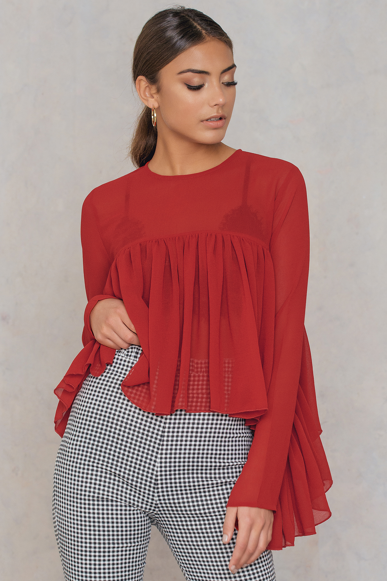 NA-KD Trend Ruffle Top Red