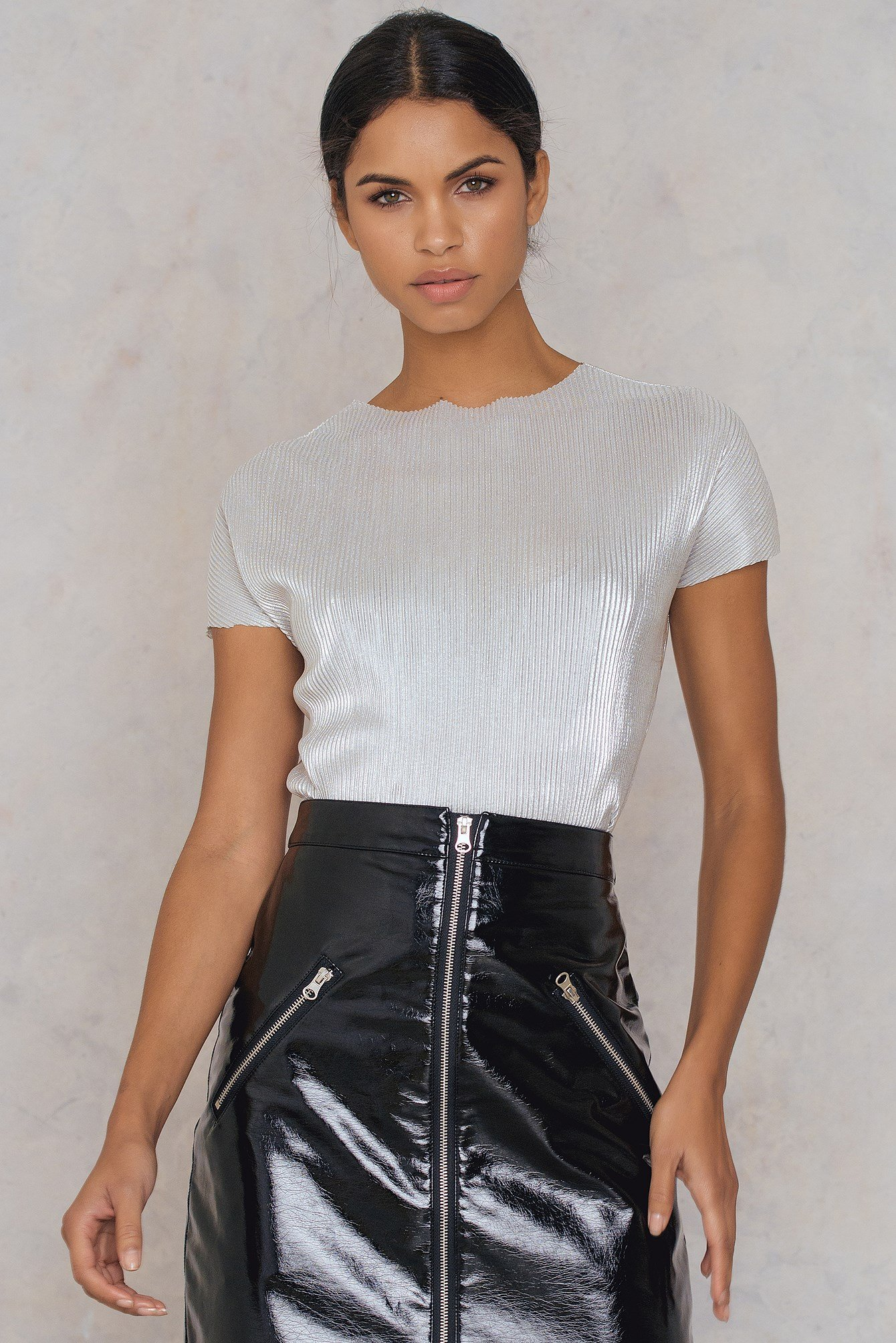 Silver Pleated Top NA-KD.COM