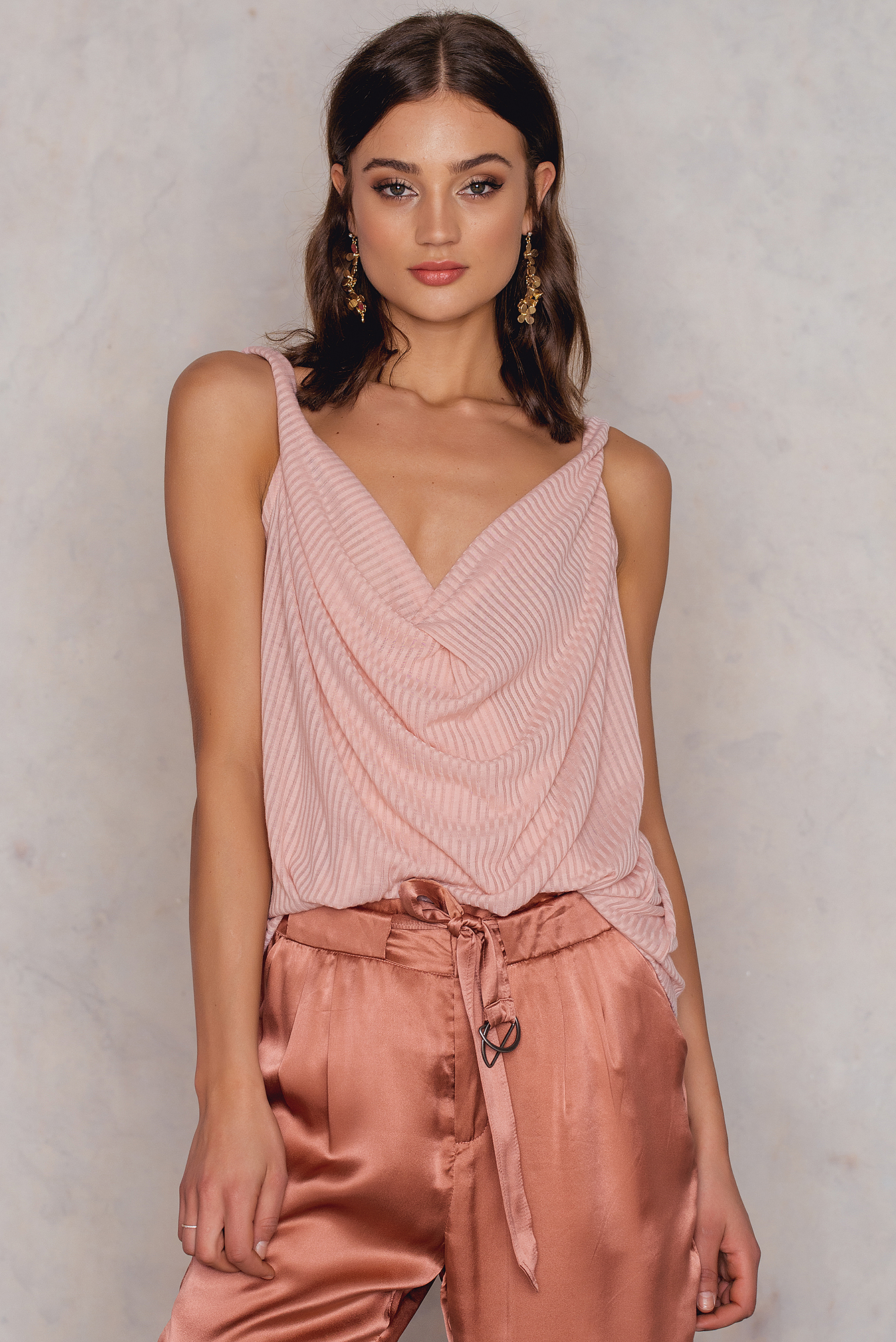 NA-KD Trend Twisted Front Rib Singlet Pink