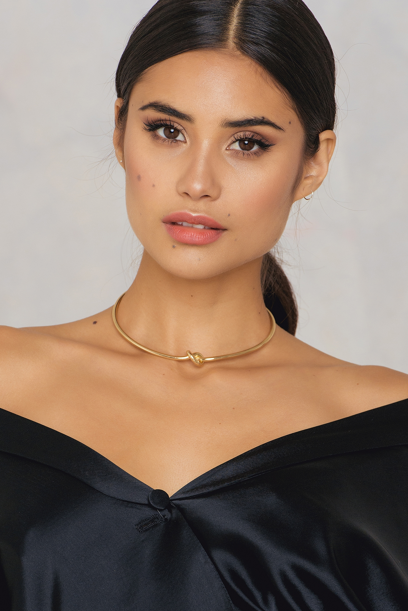 Tranloev Single Knot Choker Gold