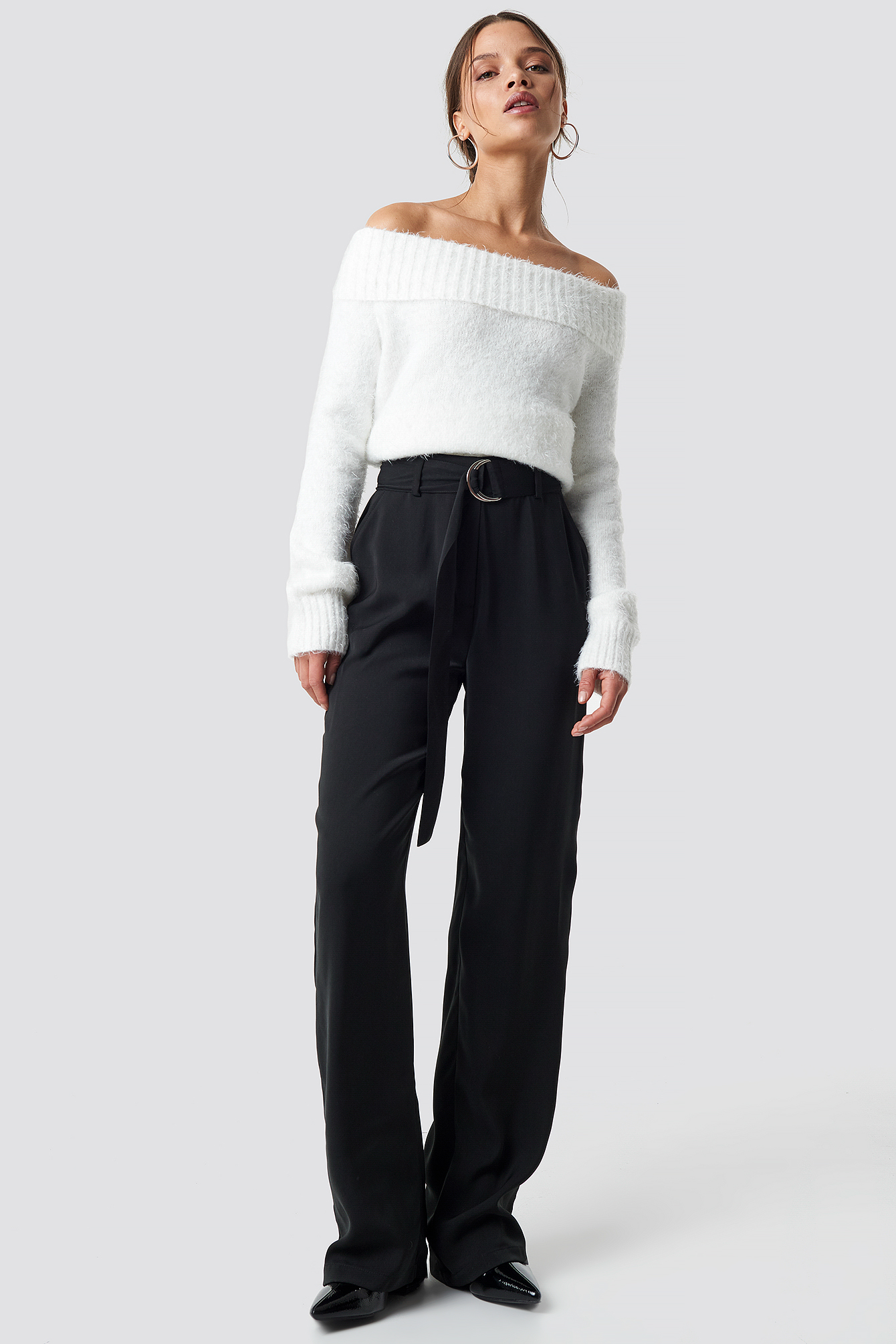 iva nikolina x na-kd -  Flared Belted Pants - Black