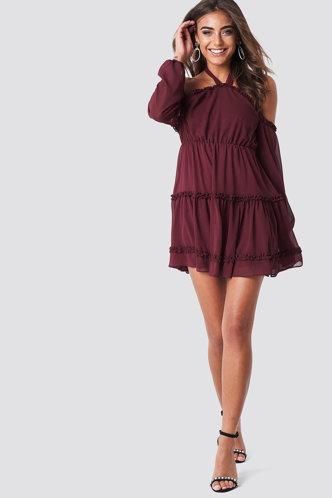 Sukienka z wiązaniem na karku NA-KD.COM