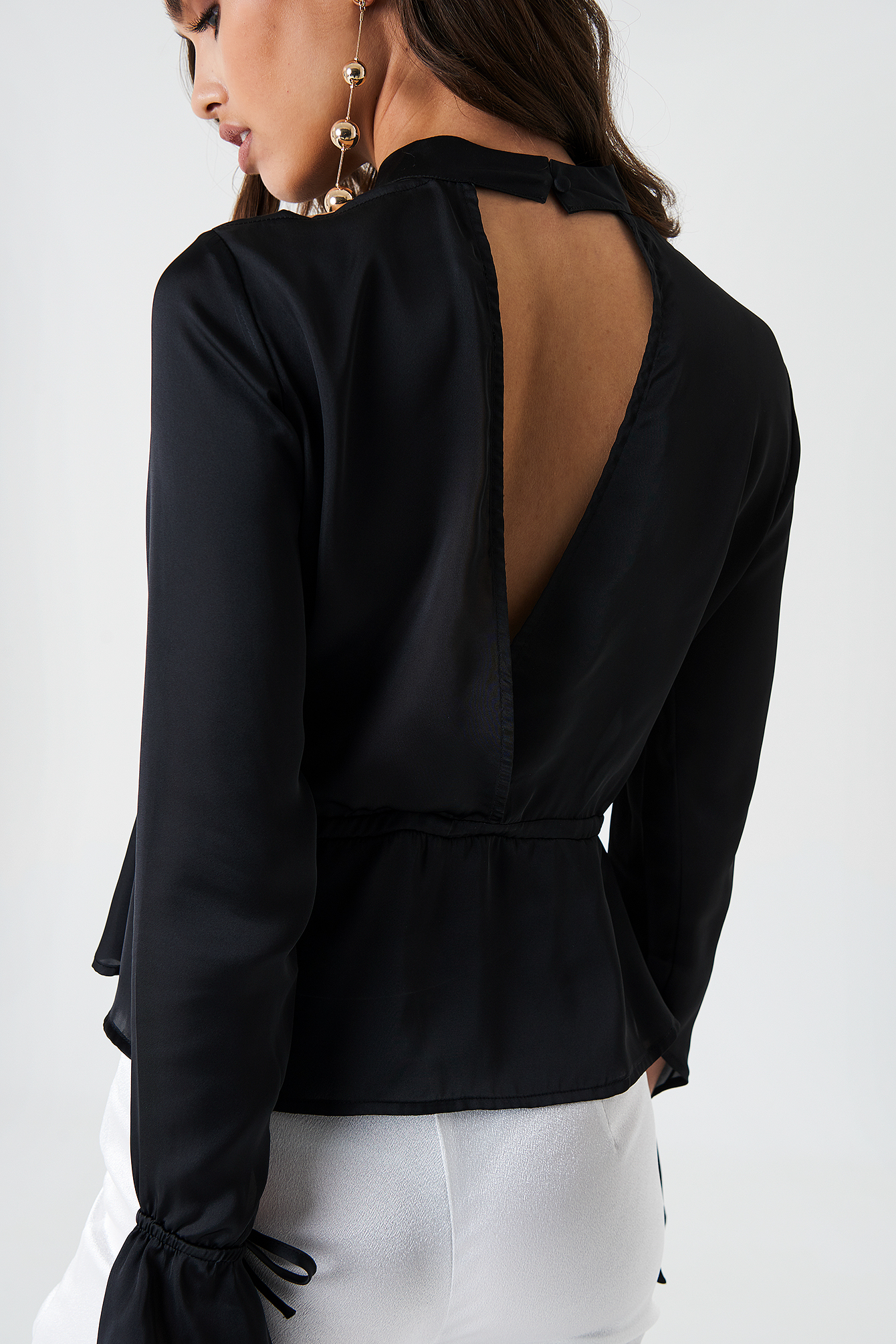 Satin Open Back Blouse NA-KD.COM