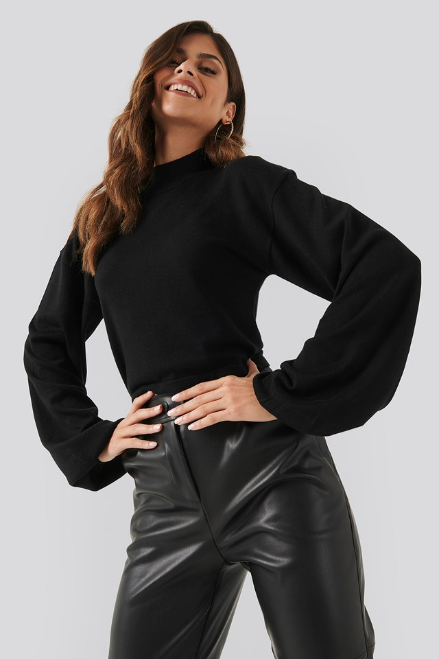 Balloon Sleeve Cropped Sweater Black