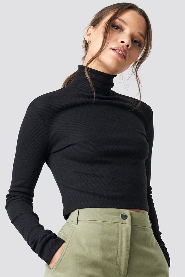 Ribbed Turtleneck Crop Top Ivana Santacruz X NA-KD