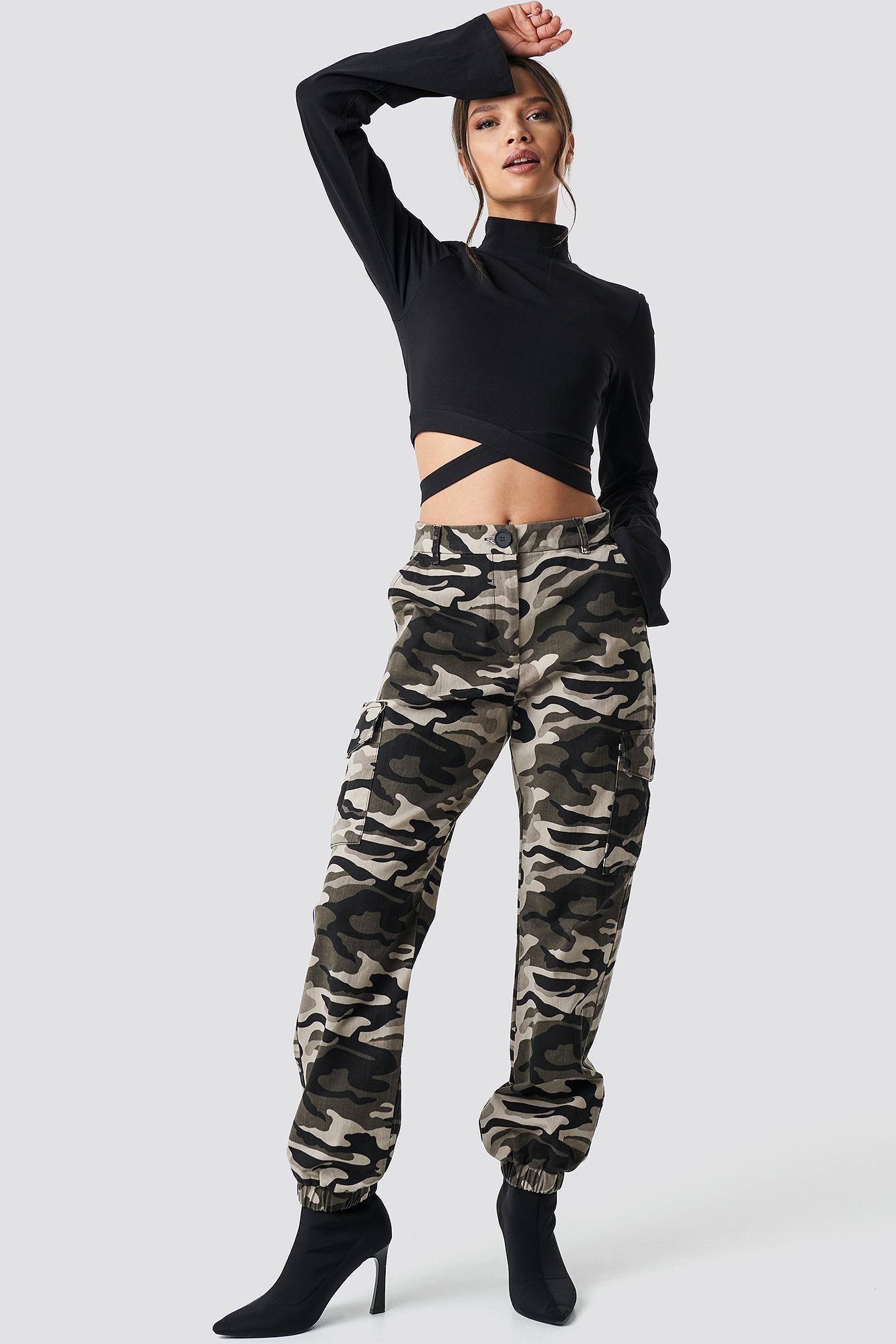ivana santacruz x na-kd -  Camo Cargo Pants - Multicolor