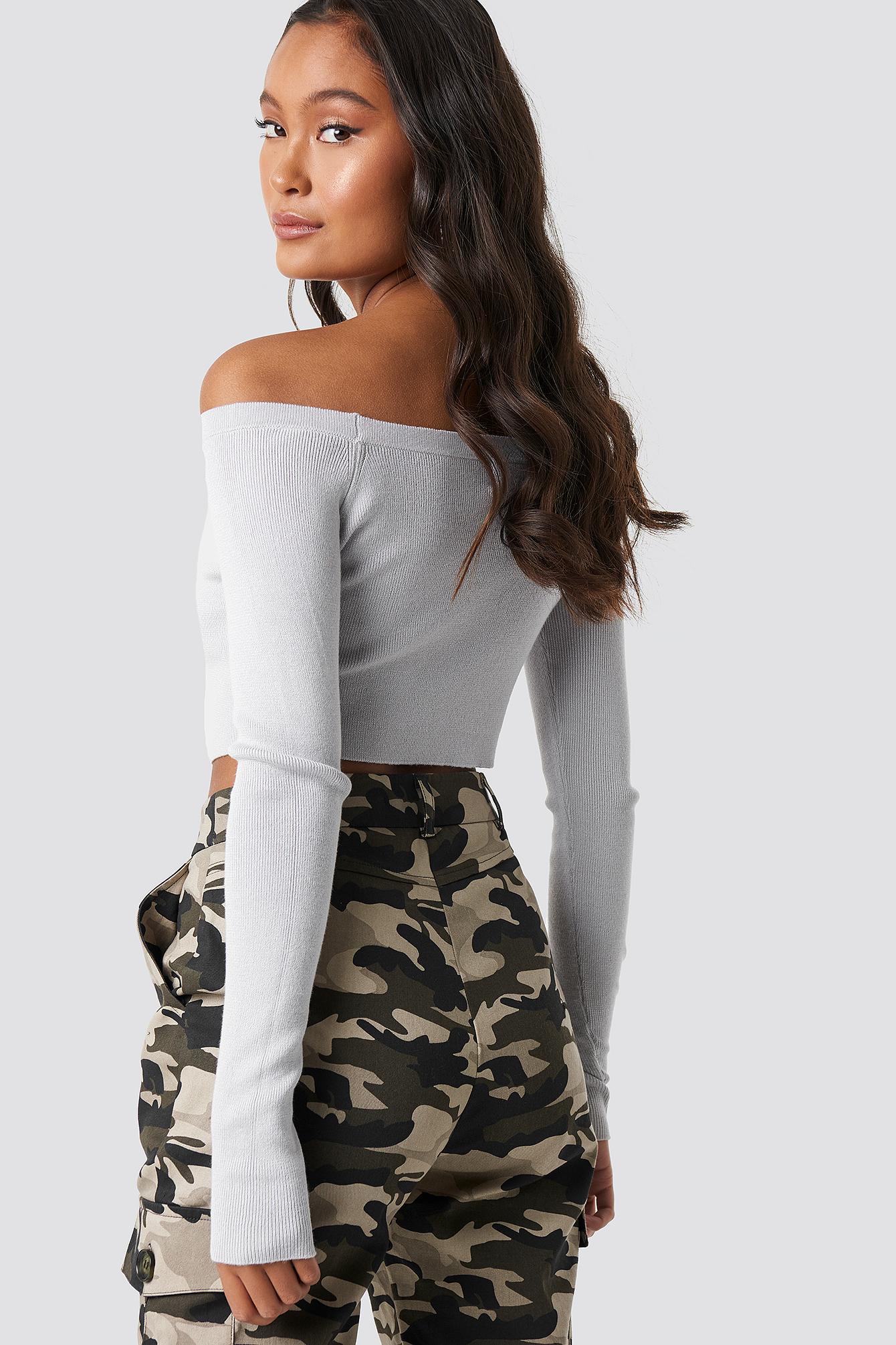 Off Shoulder Cropped Sweater NA-KD.COM