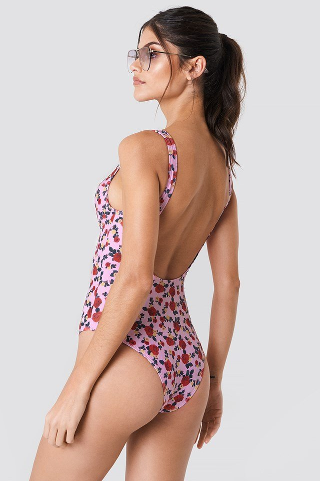 Deep Back Cup Swimsuit Red/Yellow Rose Print