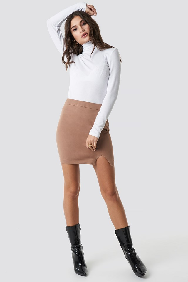 Front Slit Mini Skirt Brown