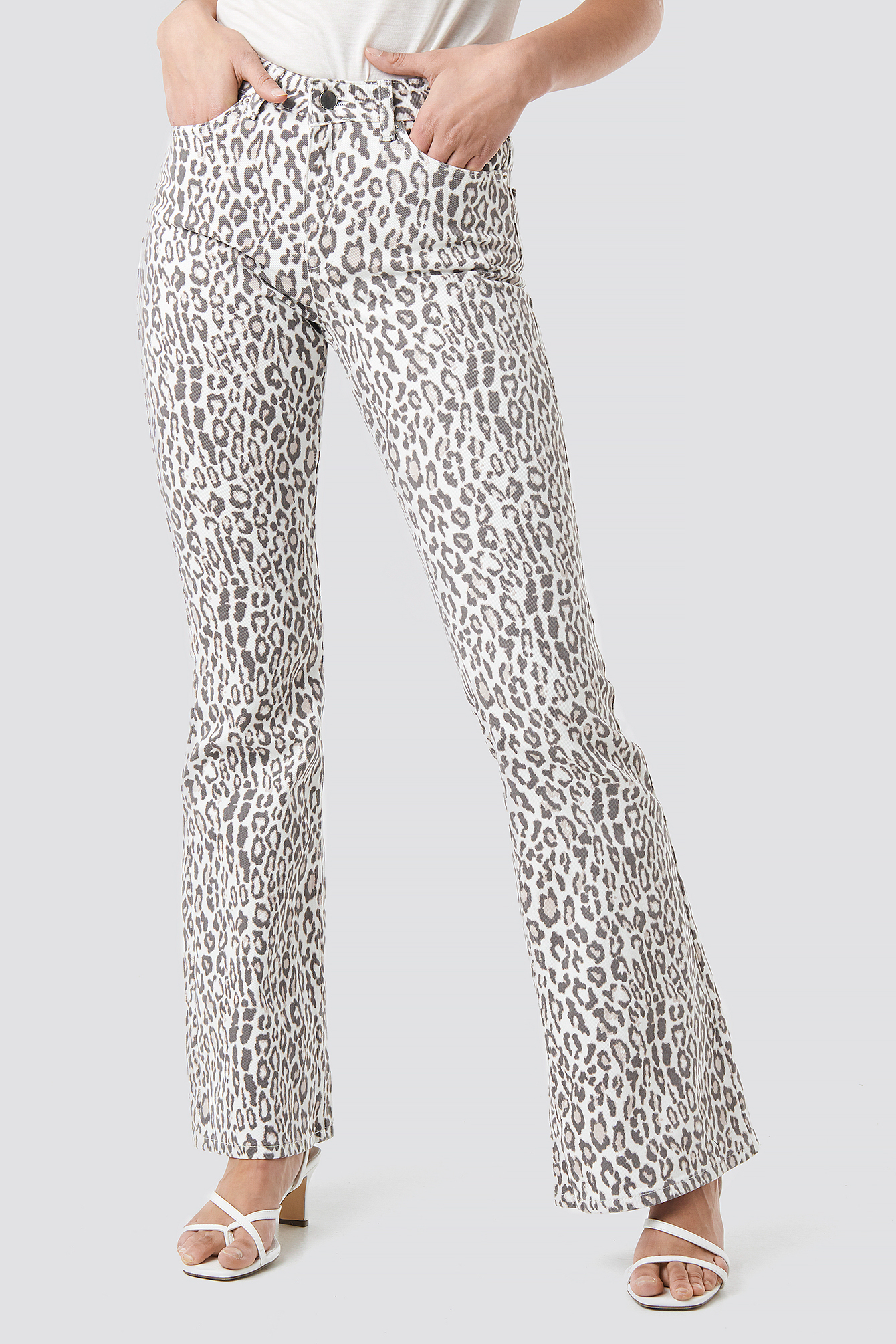 Leopard Flared Denim NA-KD.COM