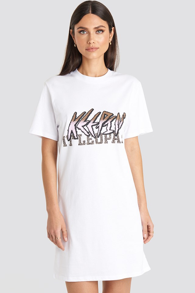 Keepin It T-shirt Dress Karo Kauer x NA-KD