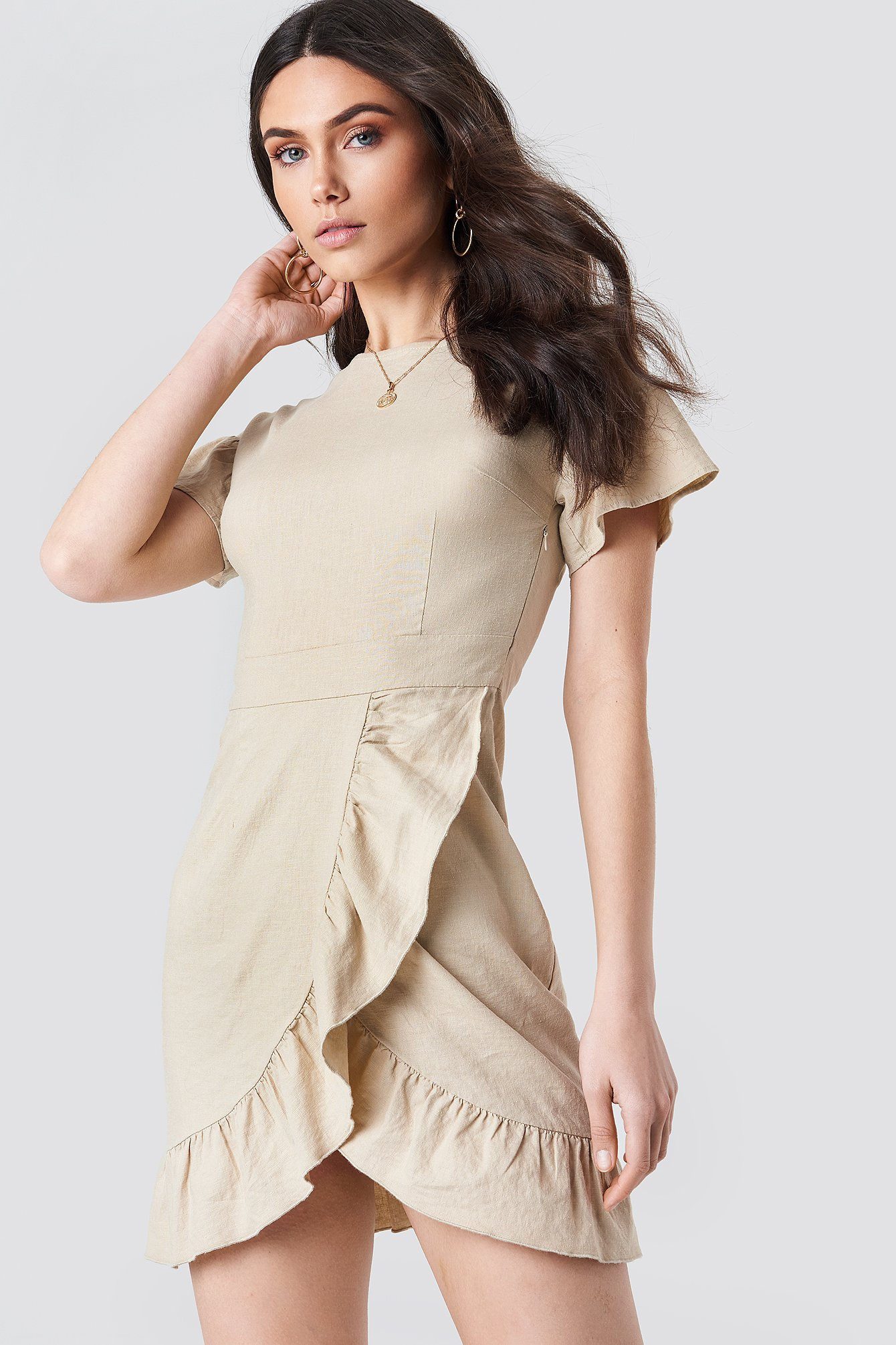 Dropped Shoulder Frill Dress NA-KD.COM