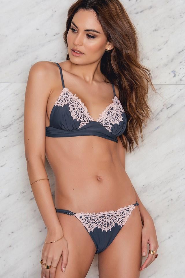 Laced Bikini Set– Top Grey/Pink