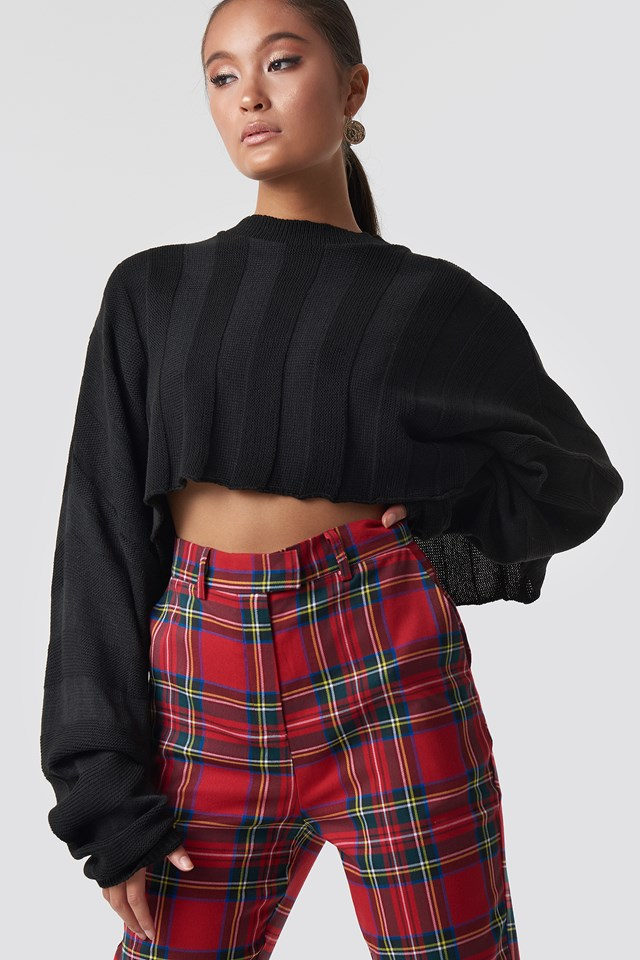 Knitted Flare Sleeve Cropped Jumper Black