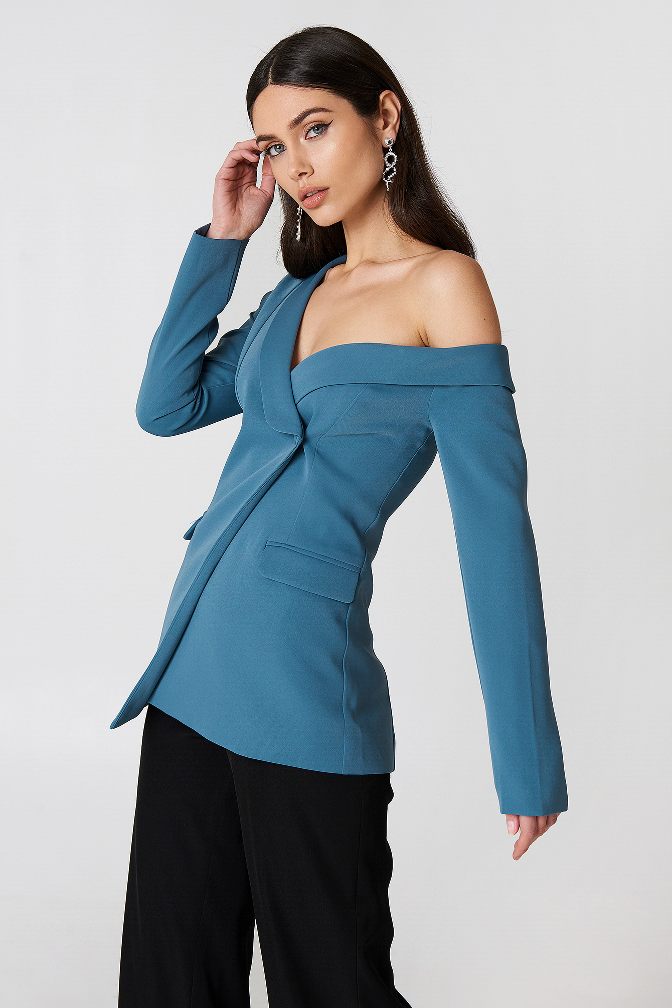 Cold Shoulder Blazer NA-KD.COM