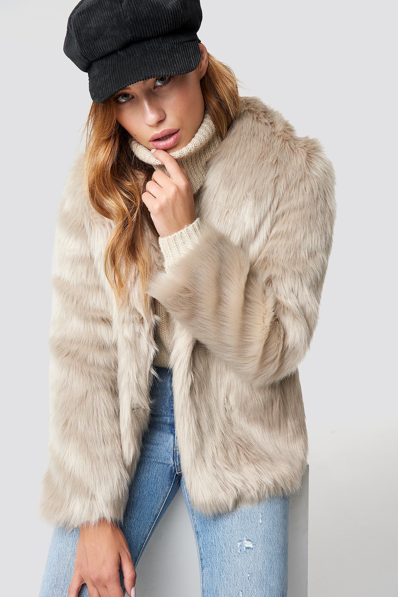 linn ahlborg x na-kd -  Classic Faux Fur Jacket - Beige