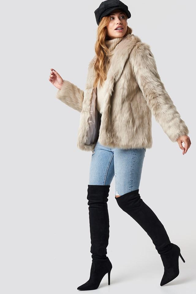 Classic Faux Fur Jacket Beige