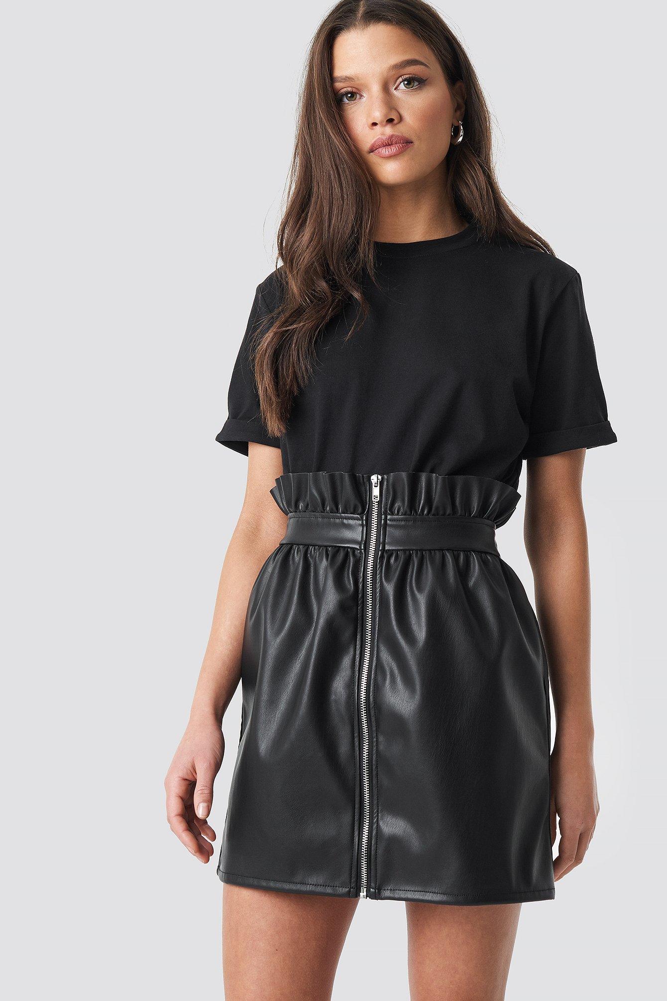 linn ahlborg x na-kd -  PU Leather Skirt - Black