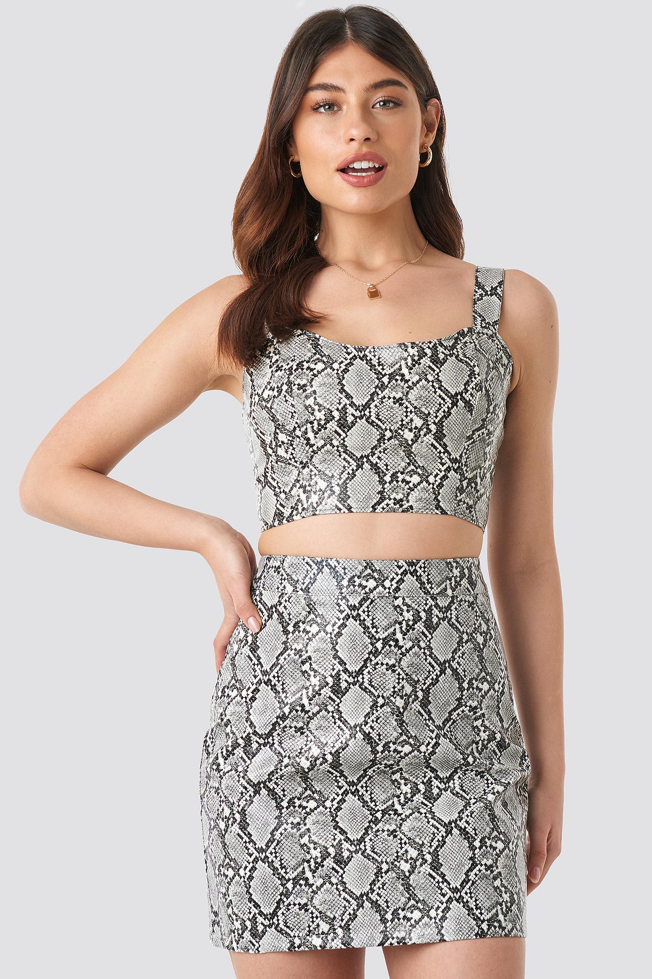 Snake Printed PU Mini Skirt NA-KD.COM