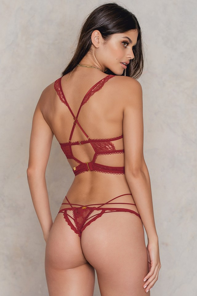 Etienne Lace Thong Maraschino