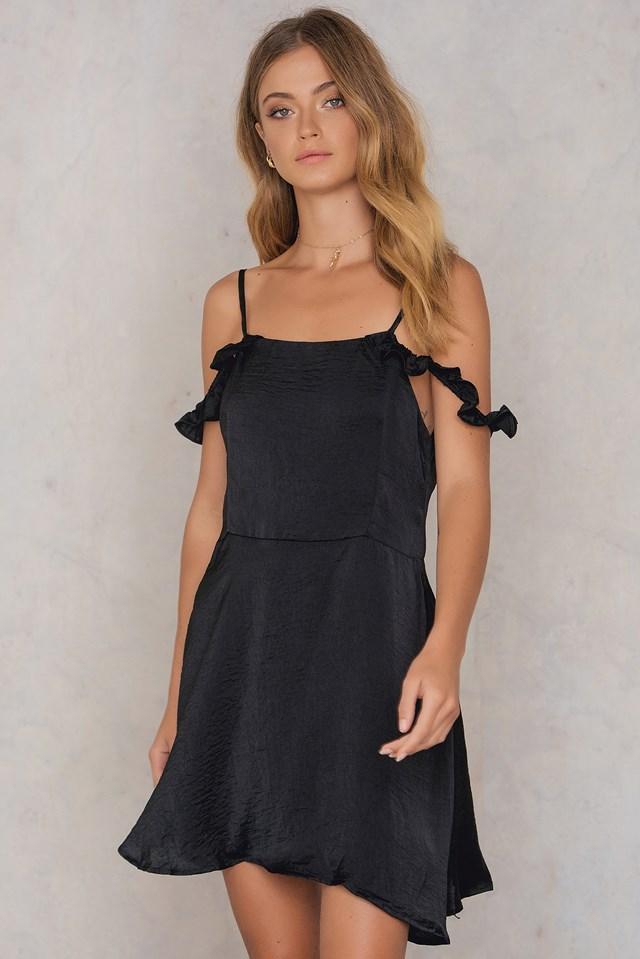 Ruffle Cold Shoulder Dress Black