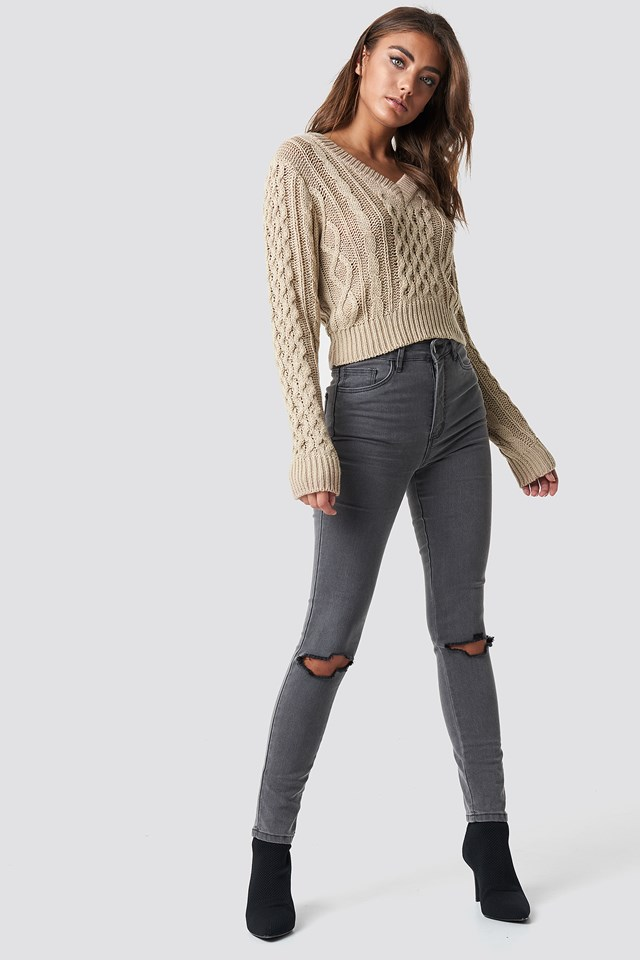Cropped Cable Knit Sweater Beige