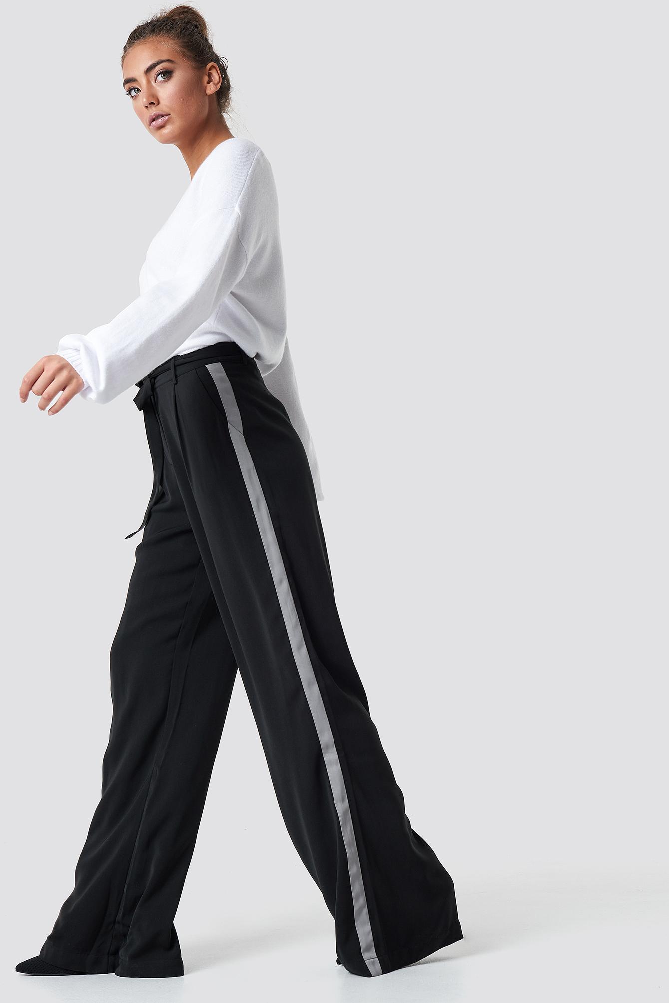 luisa lion x na-kd -  Wide Pants - Black