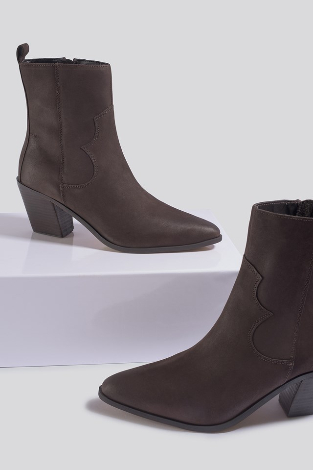 Ashton Ankle Boots Chocolate