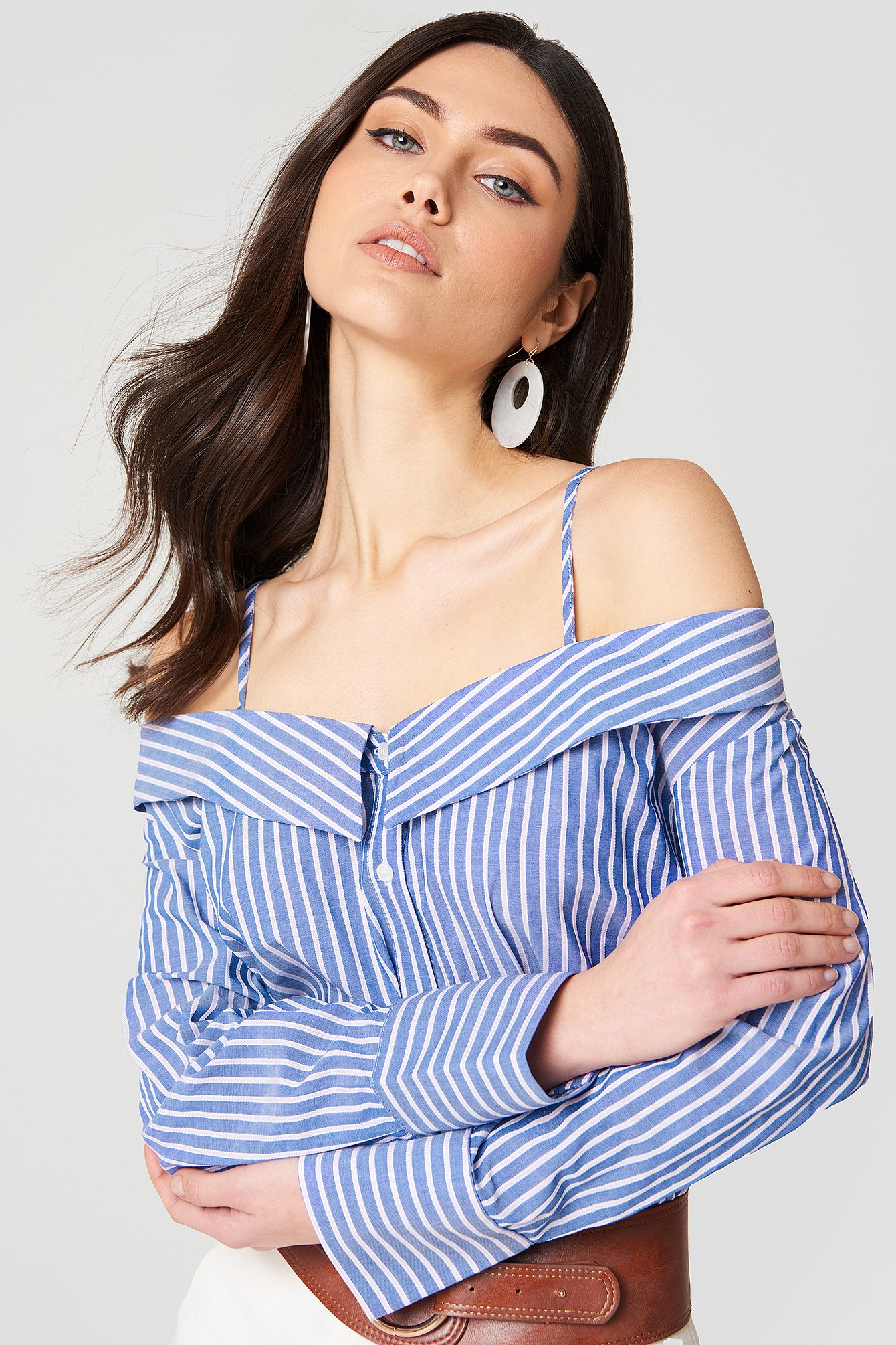 Cold Shoulder Blouse NA-KD.COM
