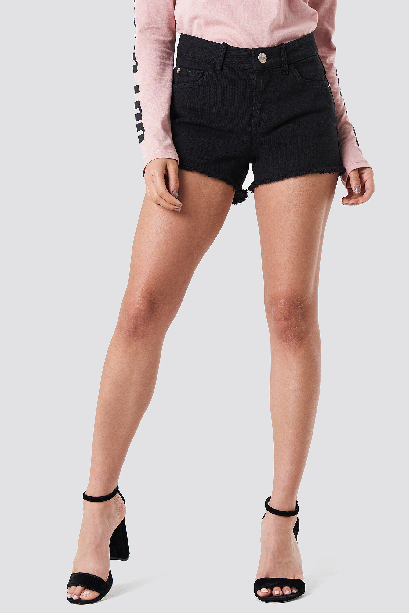 Fray Denim Shorts NA-KD.COM