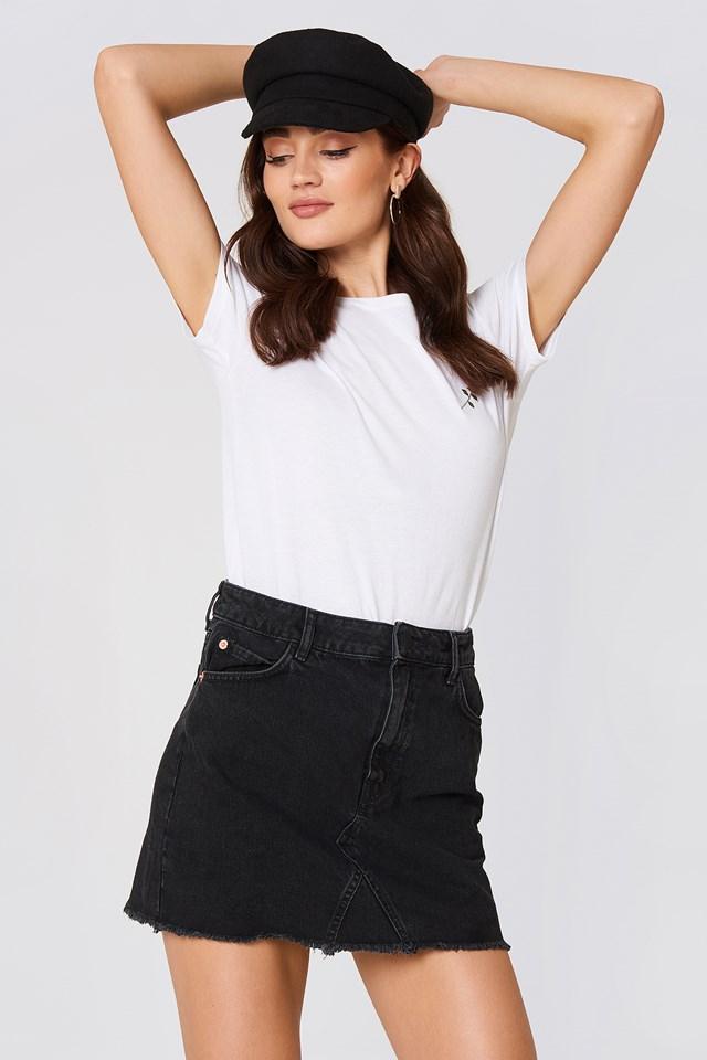 Frayed Edges Denim Skirt NA-KD.COM