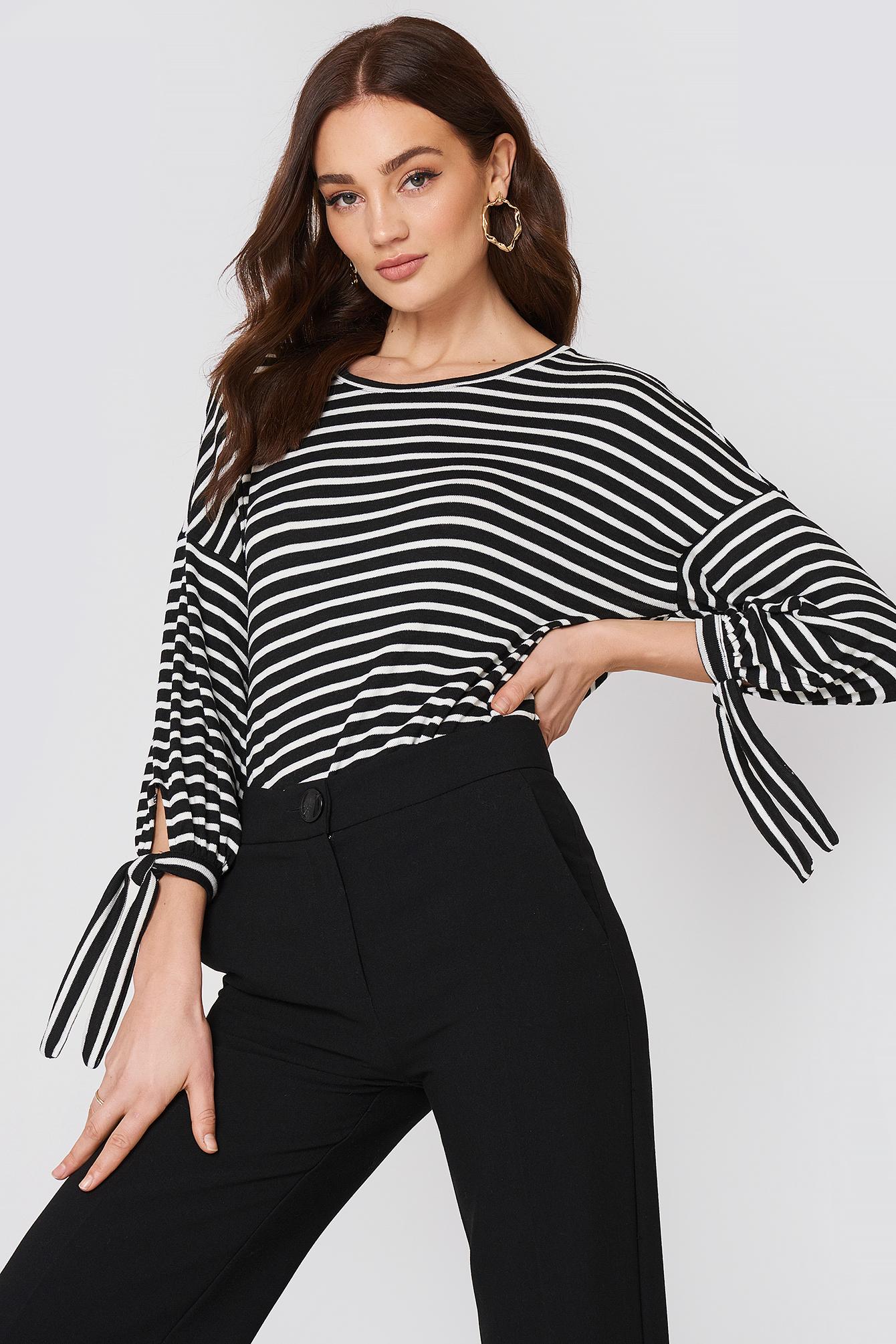 Lace T-Shirt NA-KD.COM