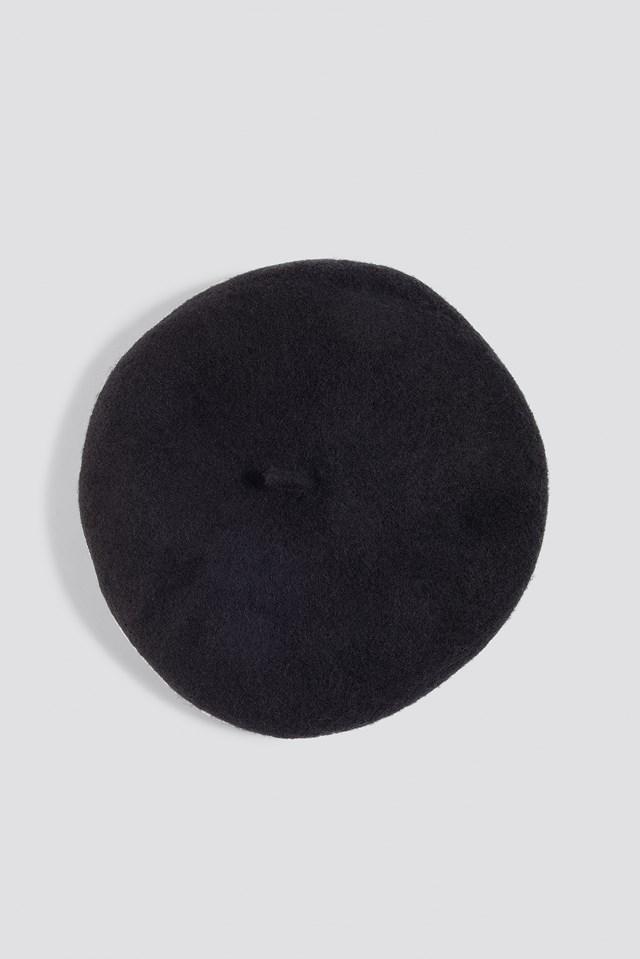 Linda P Hat Black