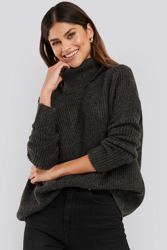 Mario Sweater Charcoal