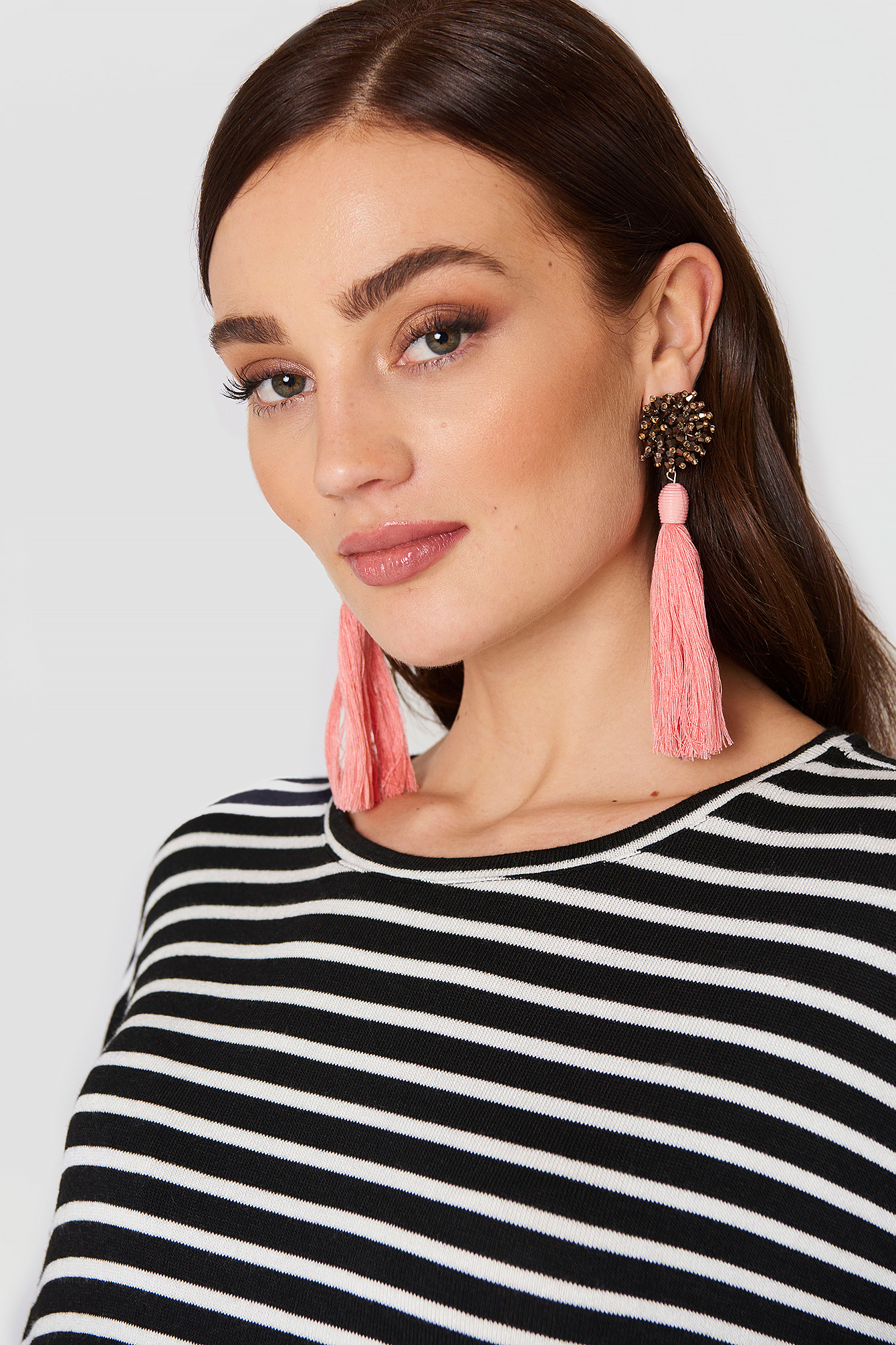 Micro Beads Tassel Earrings NA-KD.COM