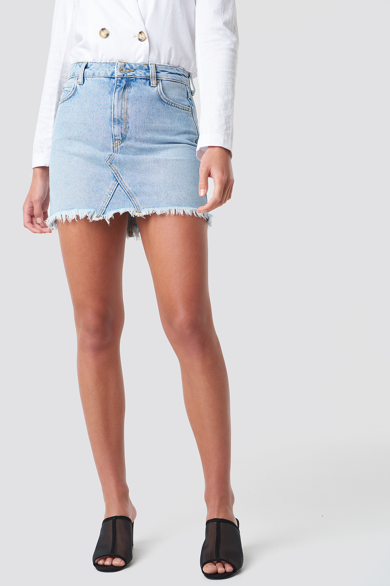 Musthave Fray Hem Skirt NA-KD.COM
