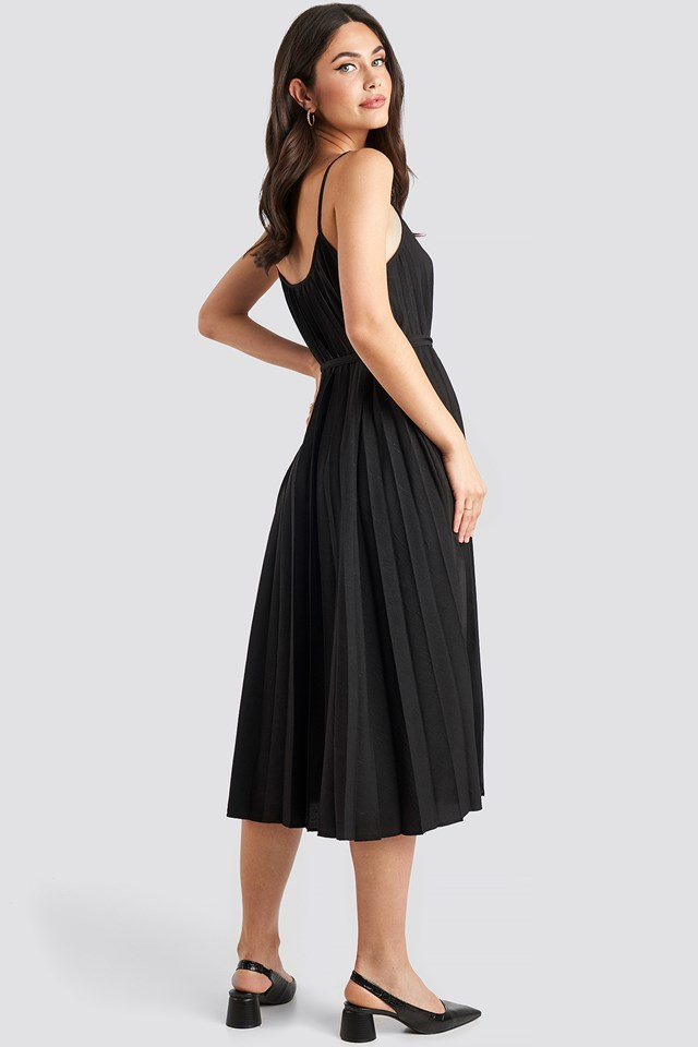 Plisado Dress Black