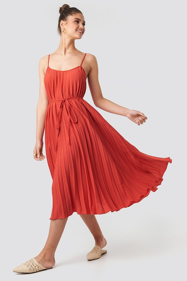 Plisado Dress Coral