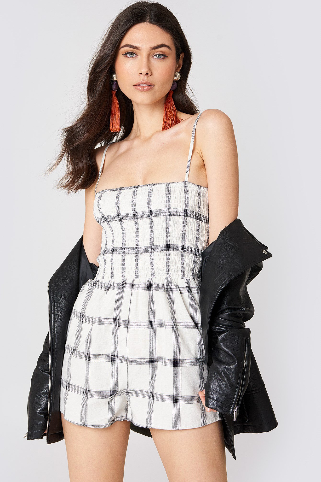 Smocked Check Playsuit NA-KD.COM