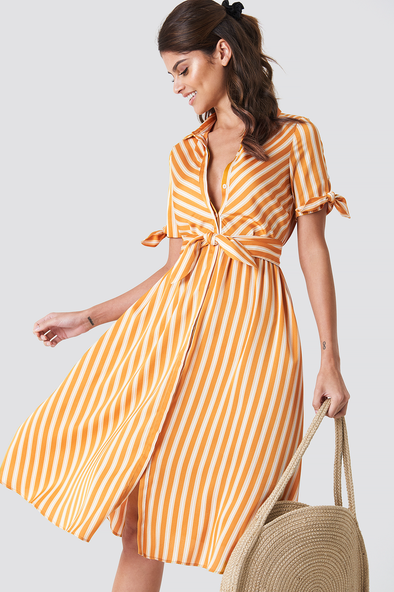 Puhvihihainen mekko (With images) | Yellow striped dress