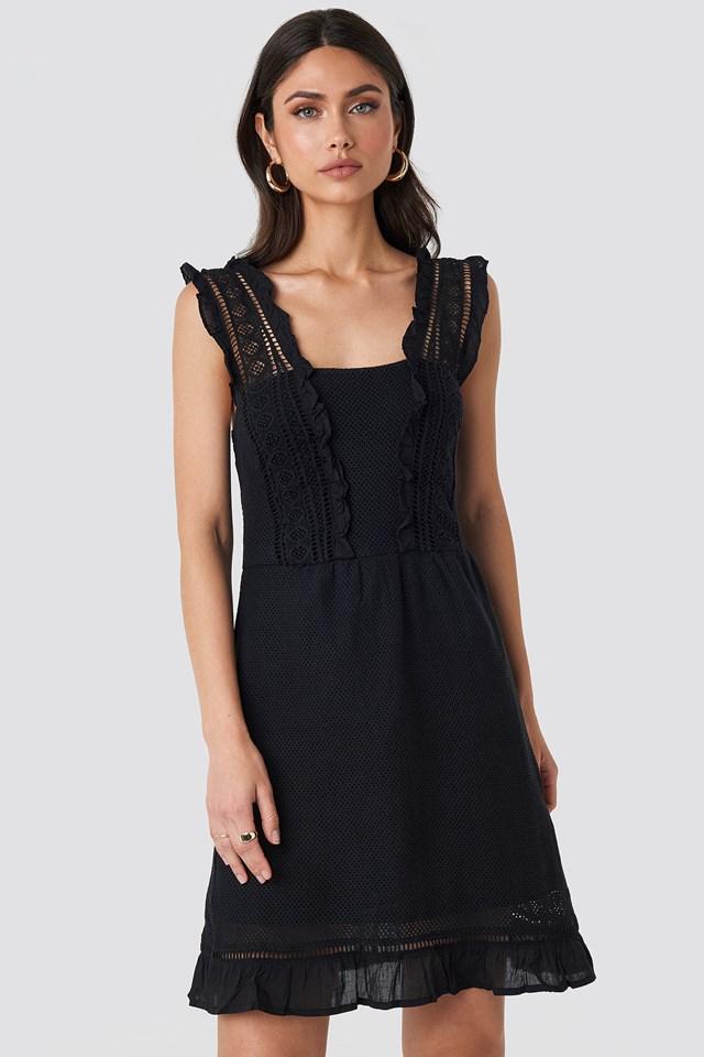 Suity Dress Black