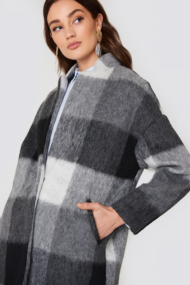 Textured Cocoon Coat Black