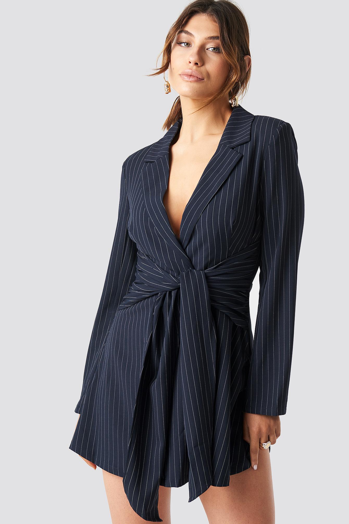 milena karl x na-kd -  Pinstripe Knot Mini Dress - Blue