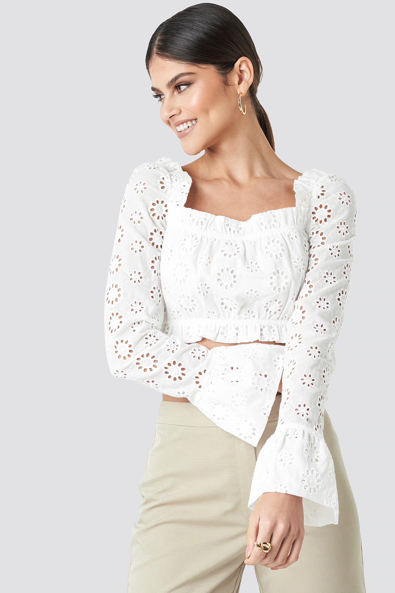 3ed71944bff Flared Cuff Cropped Top White | na-kd.com