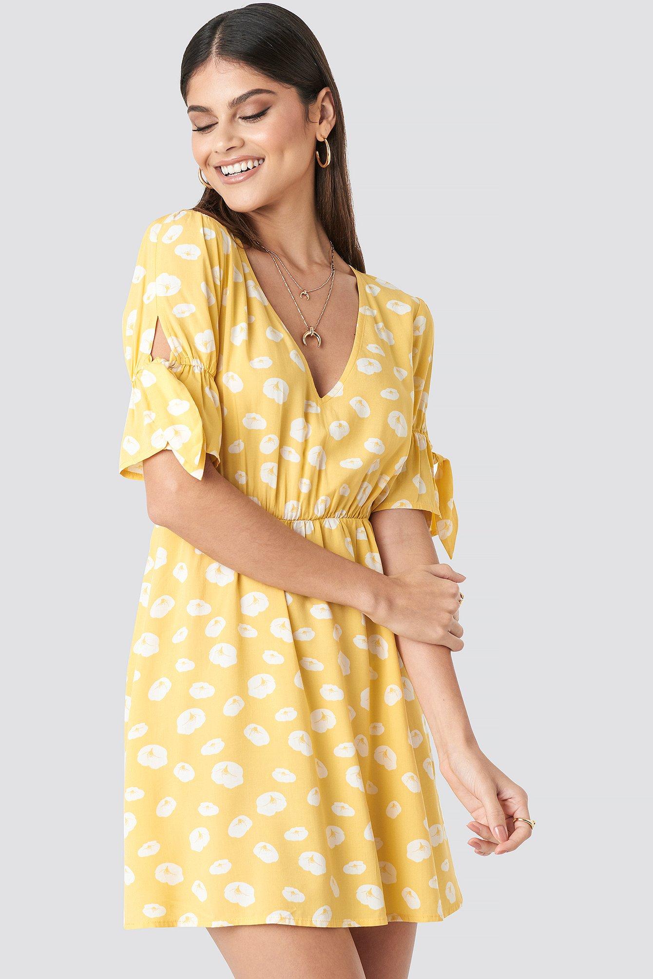 milena karl x na-kd -  Printed Mini Dress - Yellow