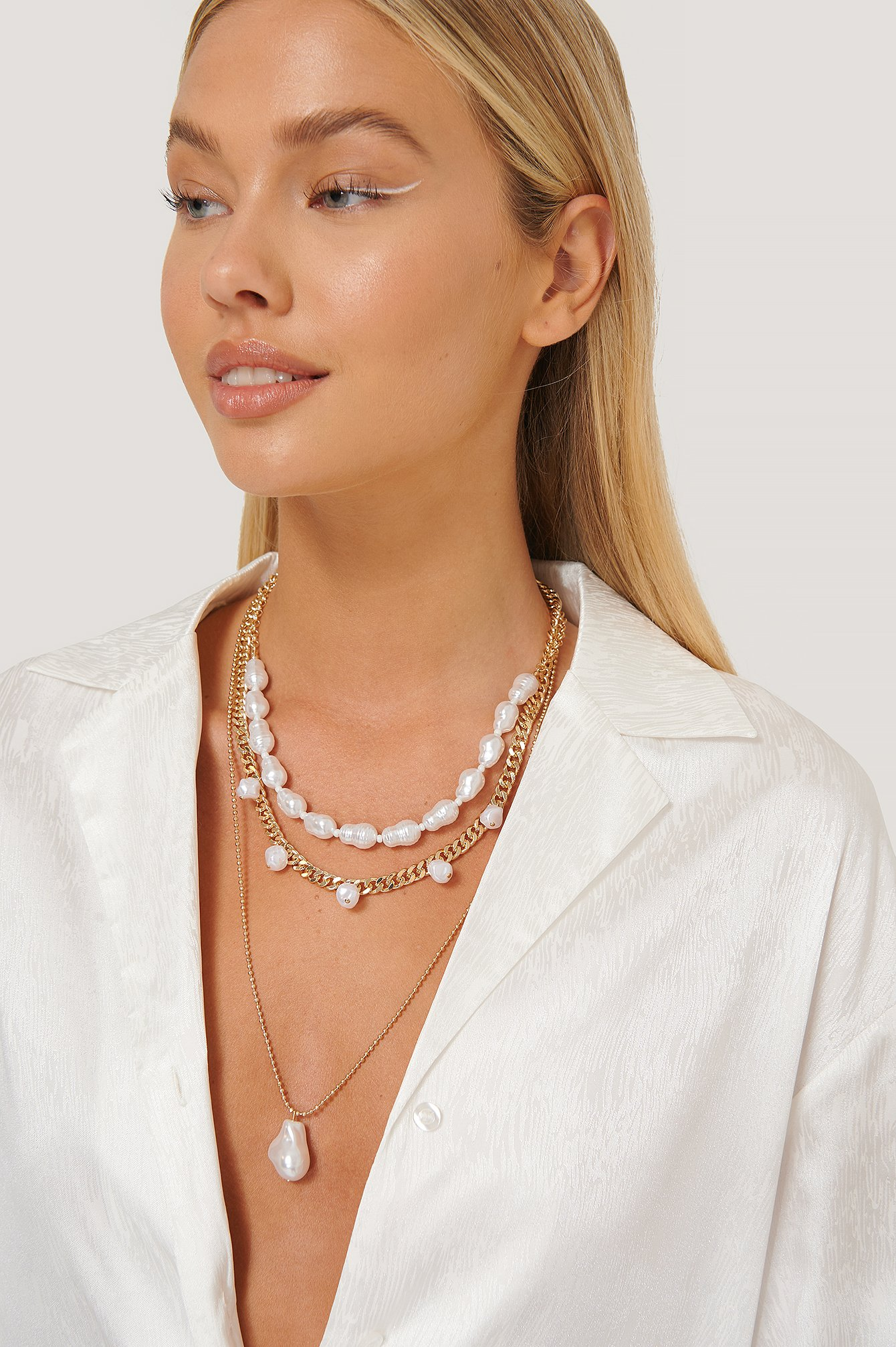 Misslisibell X Na-kd 3 In 1 Pearl Necklace Gold