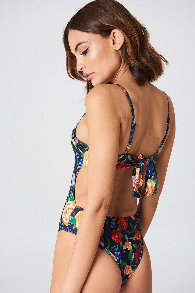 Faira Swimsuit NA-KD.COM